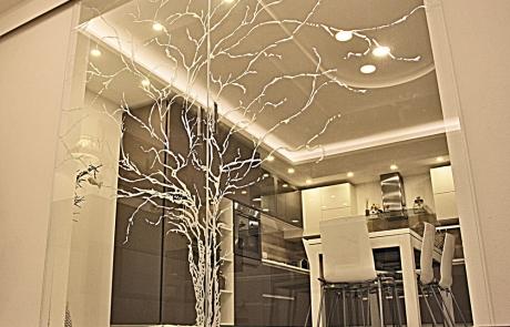 porta scorrevole a esterno muro con modello 'L'albero della vita'