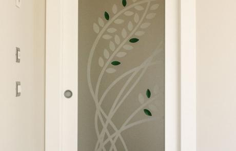Vetro decorato per porta in legno 'Nel Vento'
