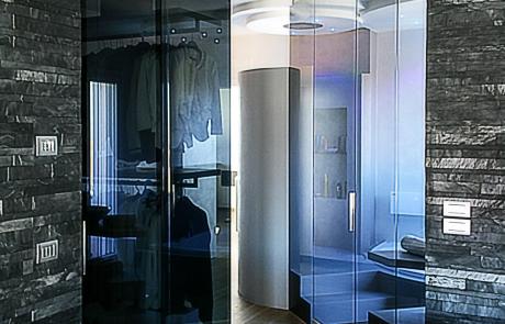 cabina armadio e chiusura bagno in vetro